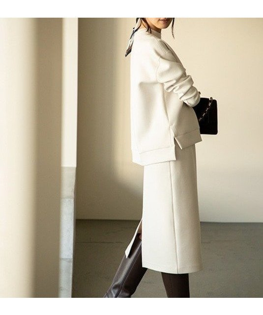 ふかっと柔らかで、抜群のストレッチ性があるダンボール素材を使ったミディ丈スカート おすすめで人気、流行・トレンド、ファッション通販商品 インテリア・家具・キッズファッション・メンズファッション・レディースファッション・服の通販 founy(ファニー) 【23区/NIJYUSANKU】 トレンドファッション・スタイル  Fashion trends ブランド Brand ファッション Fashion レディースファッション WOMEN スカート Skirt 洗える ショート シンプル ストレッチ ストレート スニーカー スリット セットアップ ドローストリング リラックス ワーク 送料無料 Free Shipping |ID:prp329100000939747