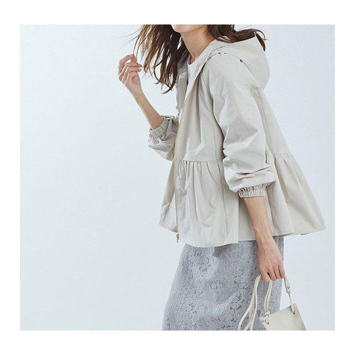 【Pierrot】カジュアルながらも女性らしいシルエットのヘムフレアフーディブルゾンなど、おすすめ!人気!プチプライスで上品なファッションアイテムの通販 レディースファッション・服の通販 founy(ファニー) 【ピエロ/Pierrot】 トレンドファッション・スタイル  Fashion trends ブランド Brand ファッション Fashion レディースファッション WOMEN アウター Coat Outerwear ジャケット Jackets ブルゾン Blouson Jackets トップス カットソー Tops Tshirt ニット Knit Tops Vネック V-Neck シャツ/ブラウス Shirts Blouses ボリュームスリーブ / フリル袖 Volume Sleeve パンツ Pants スカート Skirt Aライン/フレアスカート Flared A-Line Skirts ワンピース Dress フェミニン フレア プチプライス・低価格 Affordable シンプル ルーズ 畦 ギャザー 切替 シャーリング ジップ ストレート センター フロント ポケット |ID:stp329100000000079