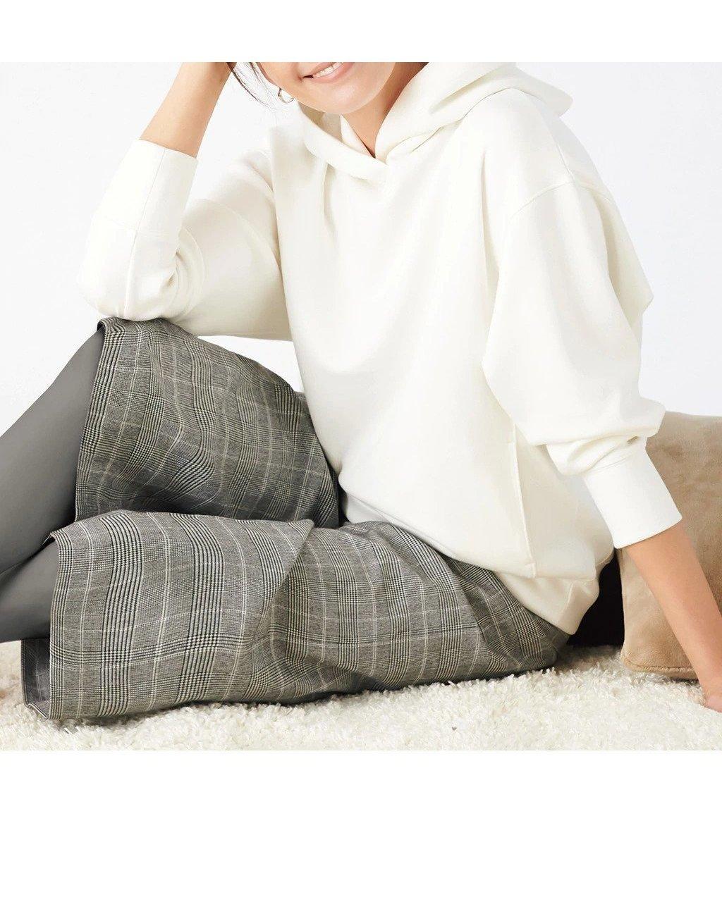 フォルムを形づくる、3Dデザインのプルパーカー おすすめで人気、流行・トレンド、ファッション通販商品 インテリア・家具・キッズファッション・メンズファッション・レディースファッション・服の通販 founy(ファニー) 【ドゥクラッセ/DoCLASSE】 トレンドファッション・スタイル  Fashion trends ブランド Brand ファッション Fashion レディースファッション WOMEN トップス カットソー Tops Tshirt パーカ Sweats スウェット Sweat なめらか スウェット パーカー ビッグ フォルム |ID:prp329100001142457