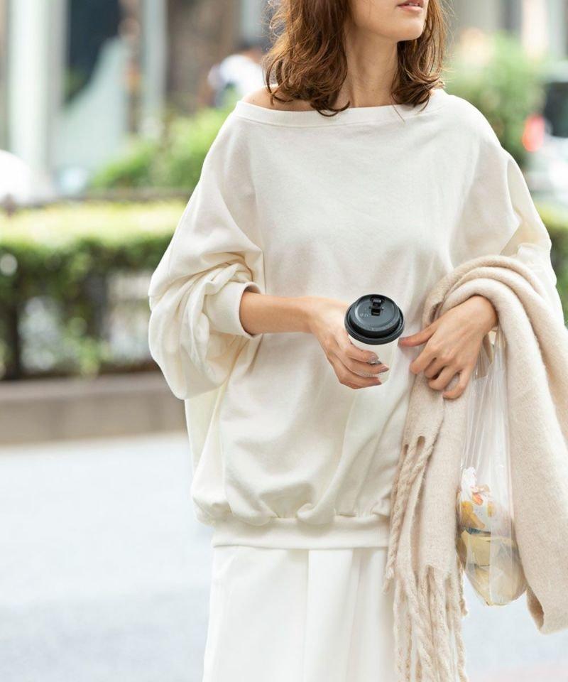 カジュアルになりがちなスウェットを大人にシフトしたゆったりとしたシルエットのオフショルダーのスウェットトップス おすすめで人気、流行・トレンド、ファッション通販商品 インテリア・家具・キッズファッション・メンズファッション・レディースファッション・服の通販 founy(ファニー) 【マージュール/marjour】 トレンドファッション・スタイル  Fashion trends 雑誌 Magazine ファッション Fashion レディースファッション WOMEN トップス カットソー Tops Tshirt パーカ Sweats スウェット Sweat オフショルダー スウェット タートルネック ノースリーブ 冬 Winter 半袖 春 Spring 楽ちん 秋 Autumn/Fall |ID:prp329100001135412
