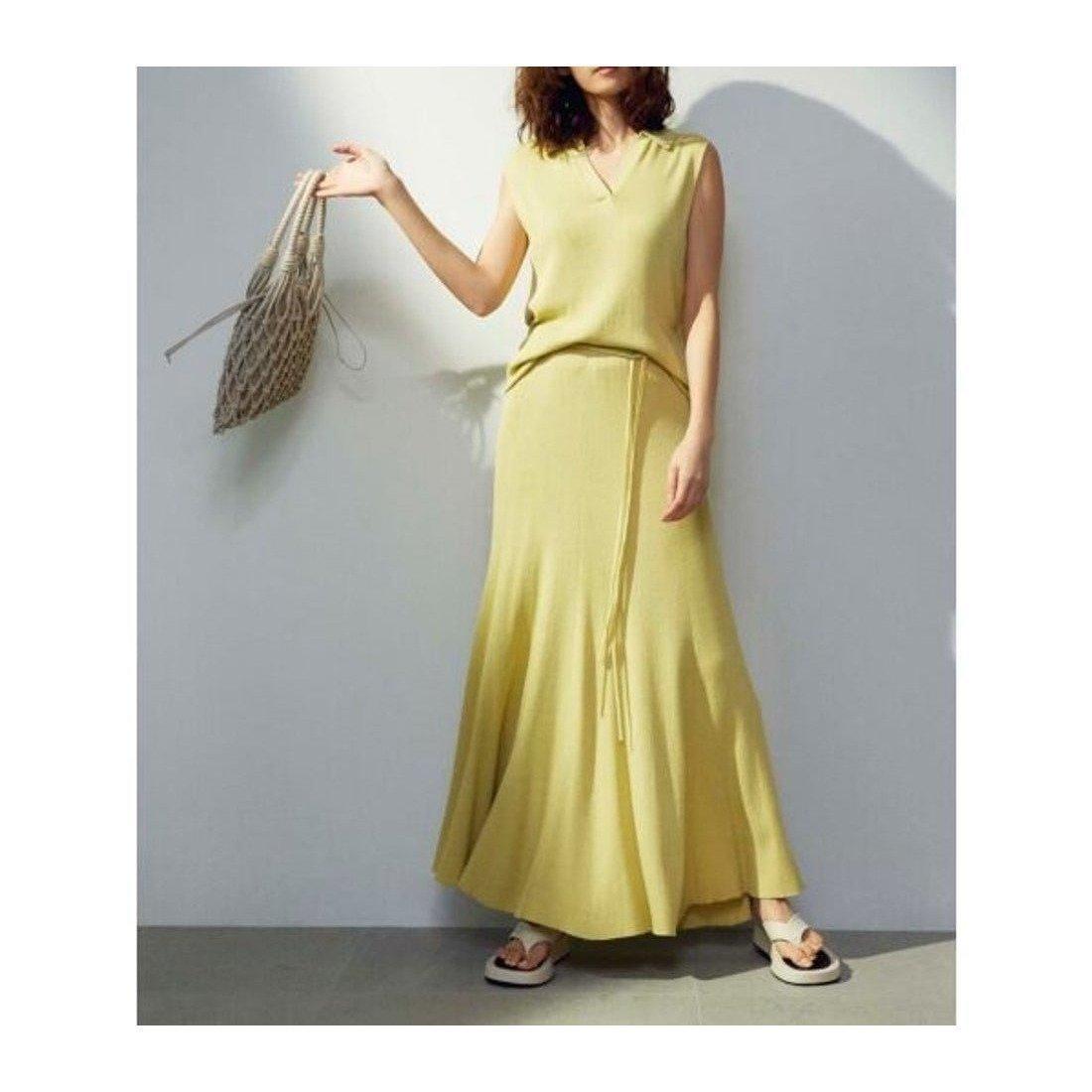 セットでも単品でも活躍! 洗えるニットセットアップ 人気、トレンドファッション・服の通販 founy(ファニー) 【ミラオーウェン/Mila Owen】 トレンドファッション・スタイル  Fashion Trends ブランド Brand ファッション Fashion レディースファッション WOMEN スカート Skirt イエロー ウォッシャブル 春 Spring 洗える 今季 スマート スリット セットアップ トレンド 定番 Standard 2021年 2021 S/S・春夏 SS・Spring/Summer 2021春夏・S/S SS/Spring/Summer/2021 夏 Summer |ID:prp329100001526309