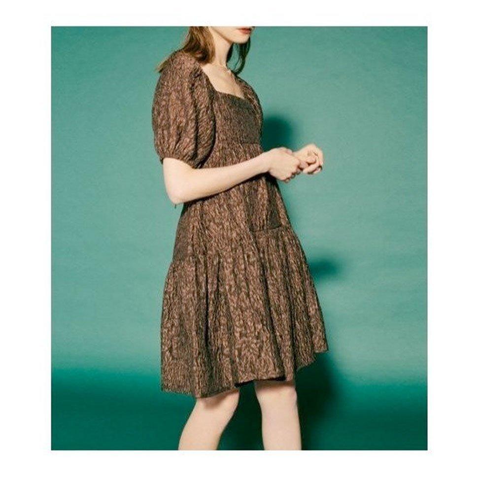 【リリーブラウン / Lily Brown】ヴィンテージライクなエッセンスを散りばめたジャガードミニワンピースなど、おすすめ!注目の人気トレンドファッションアイテム おすすめで人気の流行・トレンド、ファッションの通販商品 インテリア・家具・メンズファッション・キッズファッション・レディースファッション・服の通販 founy(ファニー) https://founy.com/ 【リリーブラウン/Lily Brown】 トレンドファッション・スタイル  Fashion Trends ブランド Brand ファッション Fashion レディースファッション WOMEN ワンピース Dress トップス・カットソー Tops/Tshirt シャツ/ブラウス Shirts/Blouses ニット Knit Tops バッグ Bag スカート Skirt インナー オレンジ シルク スクエア スマート ティアード デニム トレンド エアリー 春 Spring キャミソール クラシカル シンプル ボトム レース ロマンティック 2021年 2021 S/S・春夏 SS・Spring/Summer 2021春夏・S/S SS/Spring/Summer/2021 夏 Summer |ID:stp329100000000279