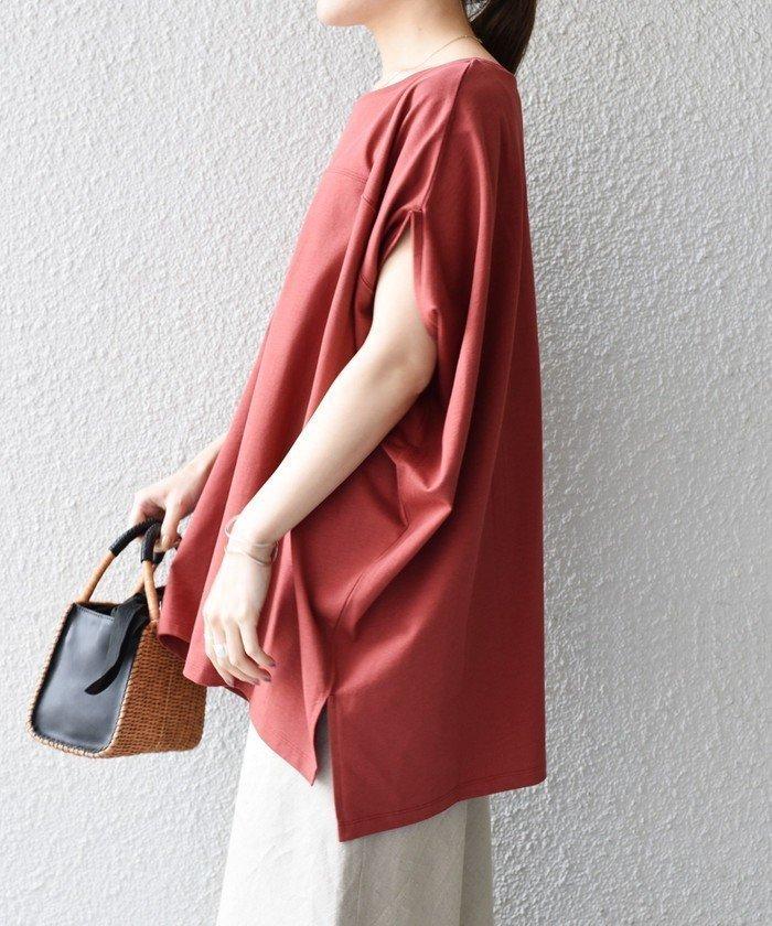ゆったりとしたサイズ感ですが、カジュアル過ぎない女性らしさのあるデザインが、綺麗めスタイルにも活躍してくれるTEE おすすめで人気、流行・トレンド、ファッション通販商品 インテリア・家具・キッズファッション・メンズファッション・レディースファッション・服の通販 founy(ファニー) 【シップス フォー ウィメン/SHIPS】 トレンドファッション・スタイル  Fashion Trends ブランド Brand ファッション Fashion レディースファッション WOMEN トップス・カットソー Tops/Tshirt シャツ/ブラウス Shirts/Blouses ロング / Tシャツ T-Shirts カットソー Cut and Sewn サテン ドレープ ベーシック ボトム ルーズ ワイド 夏 Summer  ID:prp329100001731267