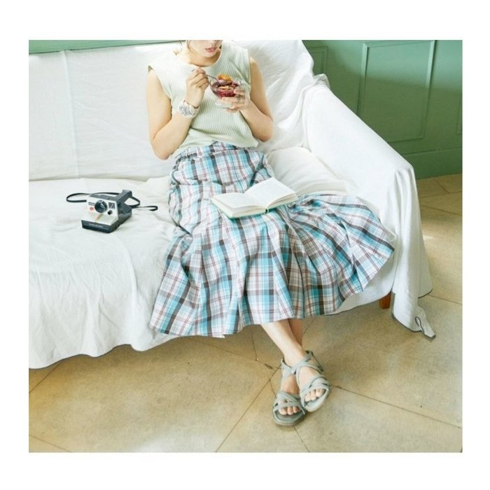 【スタディオ クリップ / studio CLIP】裾のフレア感がきれいに出るように表現された物語のスカートなど、おすすめ!注目の人気トレンドファッションアイテム 人気、トレンドファッション・服の通販 founy(ファニー) 【スタディオ クリップ/studio CLIP】 トレンドファッション・スタイル  Fashion Trends ブランド Brand ファッション Fashion レディースファッション WOMEN スカート Skirt Aライン/フレアスカート Flared A-Line Skirts ワンピース Dress チュニック Tunic ロングスカート Long Skirt 春 Spring 秋 Autumn/Fall ギャザー コラボ スペシャル デニム フレア ポケット 2020年 2020 2021年 2021 2020-2021秋冬・A/W AW・Autumn/Winter・FW・Fall-Winter/2020-2021 2021春夏・S/S SS/Spring/Summer/2021 NEW・新作・新着・新入荷 New Arrivals 夏 Summer チュニック ロング サンダル シューズ ミュール 人気 |ID:stp329100000000333