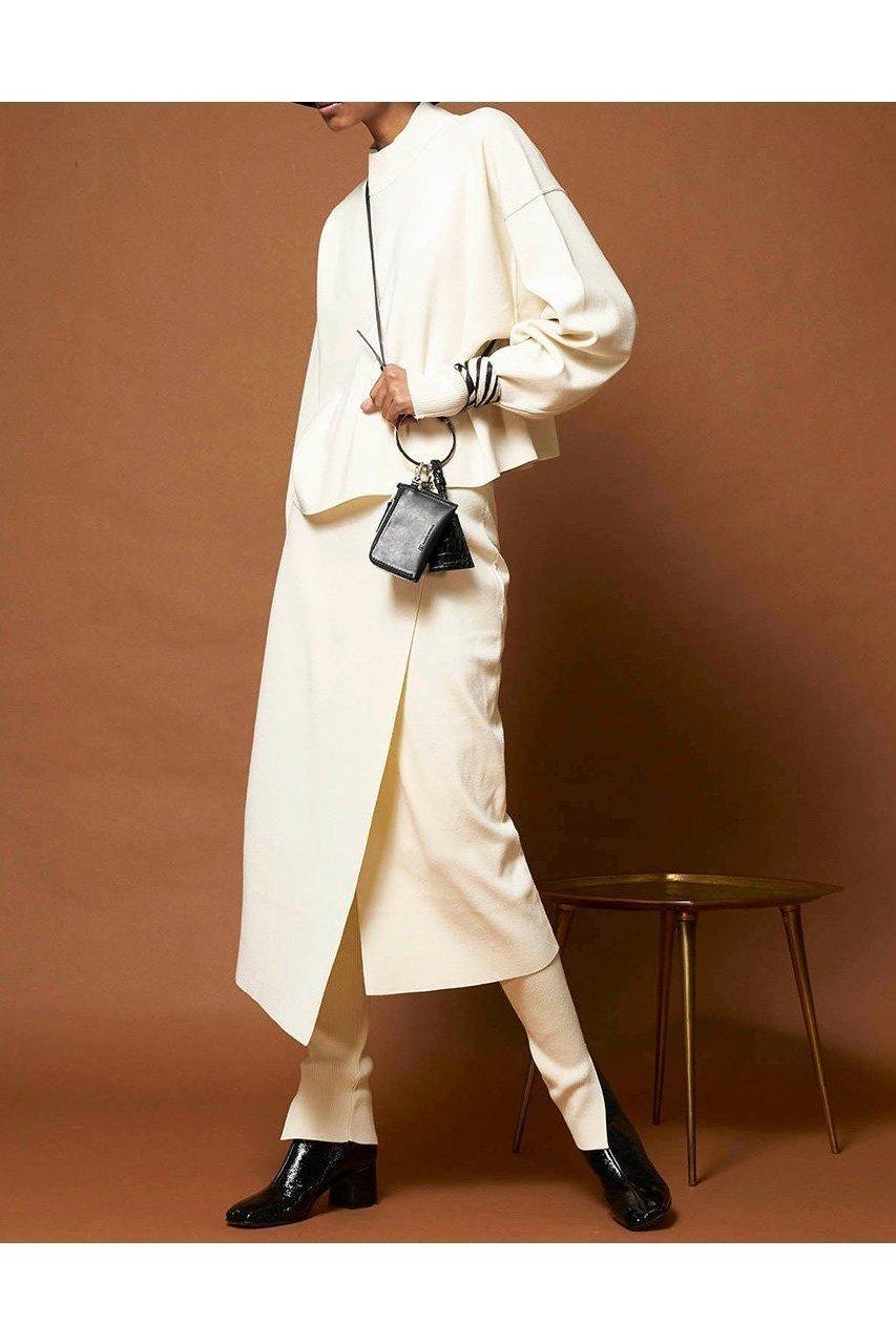 スタイリングのアクセントにぴったりのマルチケース おすすめで人気、流行・トレンド、ファッション通販商品 インテリア・家具・キッズファッション・メンズファッション・レディースファッション・服の通販 founy(ファニー) 【メゾンスペシャル/MAISON SPECIAL】 トレンドファッション・スタイル  Fashion Trends ブランド Brand ファッション Fashion レディースファッション WOMEN おすすめ Recommend ショルダー チャーム ポーチ  ID:prp329100000694348