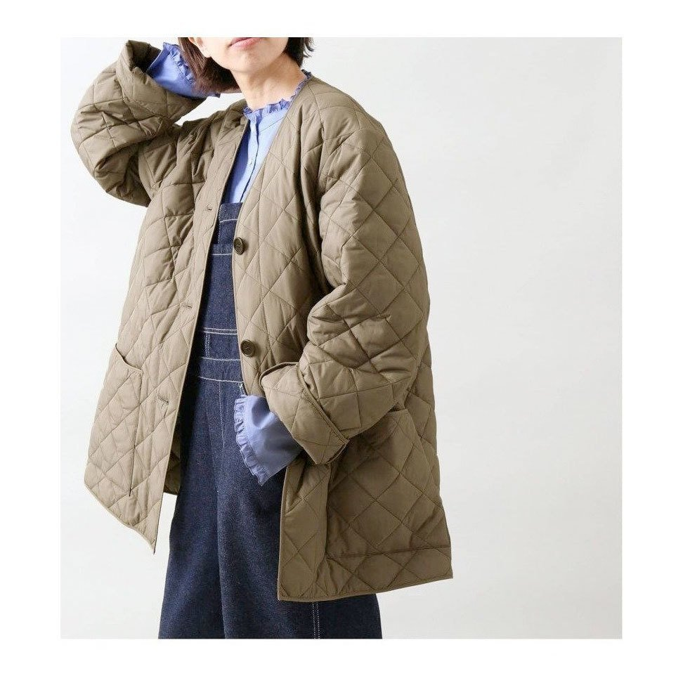 【イエナ / IENA】中綿の分量はあえて少なめで、軽くても温かいコートなど、おすすめ!注目の人気トレンドファッションアイテム おすすめで人気の流行・トレンド、ファッションの通販商品 インテリア・家具・メンズファッション・キッズファッション・レディースファッション・服の通販 founy(ファニー) https://founy.com/ 【イエナ/IENA】 トレンドファッション・スタイル  Fashion Trends ブランド Brand ファッション Fashion レディースファッション WOMEN アウター Coat Outerwear コート Coats ジャケット Jackets ワンピース Dress キャミワンピース No Sleeve Dresses スカート Skirt Aライン/フレアスカート Flared A-Line Skirts トップス・カットソー Tops/Tshirt シャツ/ブラウス Shirts/Blouses イタリア インナー キルティング キルト ショート ジャケット 人気 ボトム ポケット A/W・秋冬 AW・Autumn/Winter・FW・Fall-Winter 2021年 2021 2021-2022秋冬・A/W AW・Autumn/Winter・FW・Fall-Winter・2021-2022 NEW・新作・新着・新入荷 New Arrivals バランス フレア ミニスカート 別注 |ID:stp329100000000559
