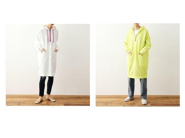 【RODEO CROWNS WIDE BOWL/ロデオクラウンズワイドボウル】のファスナーロゴフードワンピース 【ワンピース・ドレス】おすすめ!人気、トレンド・レディースファッションの通販 おすすめファッション通販アイテム レディースファッション・服の通販 founy(ファニー) ファッション Fashion レディースファッション WOMEN ワンピース Dress プリント |ID:crp329100000029369