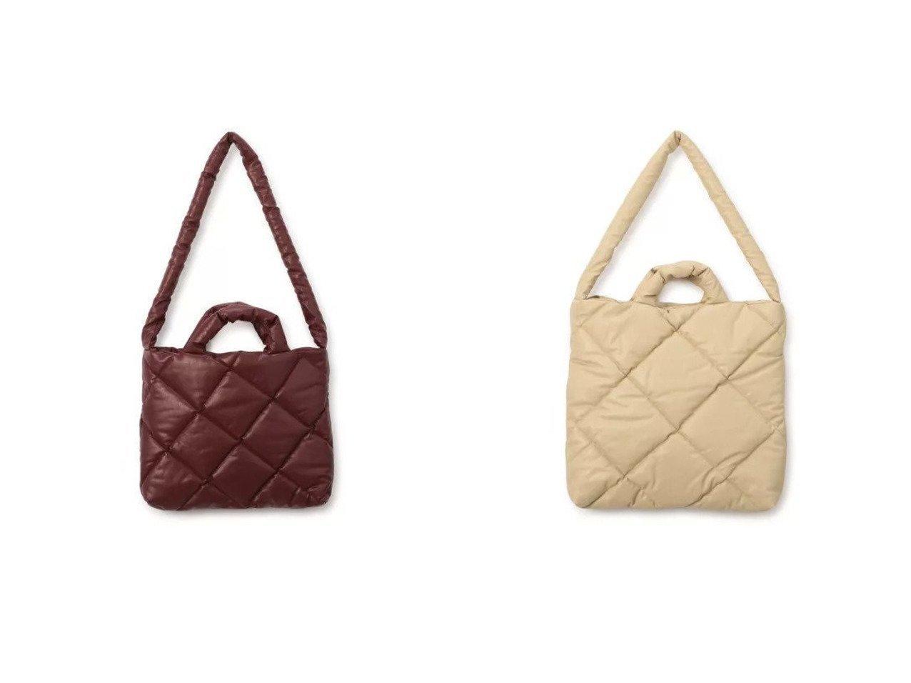 【KASSL EDITIONS/カッスル エディションズ】のBAG PILLOW SMALL QUILTED&BAG PILLOW MEDIUM QUILTED 【バッグ・鞄】おすすめ!人気、トレンド・レディースファッションの通販 おすすめで人気の流行・トレンド、ファッションの通販商品 メンズファッション・キッズファッション・インテリア・家具・レディースファッション・服の通販 founy(ファニー) https://founy.com/ ファッション Fashion レディースファッション WOMEN バッグ Bag 2021年 2021 2021春夏・S/S SS/Spring/Summer/2021 S/S・春夏 SS・Spring/Summer オイル キルティング キルト クッション コーティング スタイリッシュ フォルム |ID:crp329100000039545